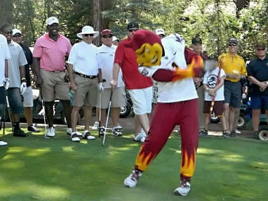 Sparky teeing off last year
